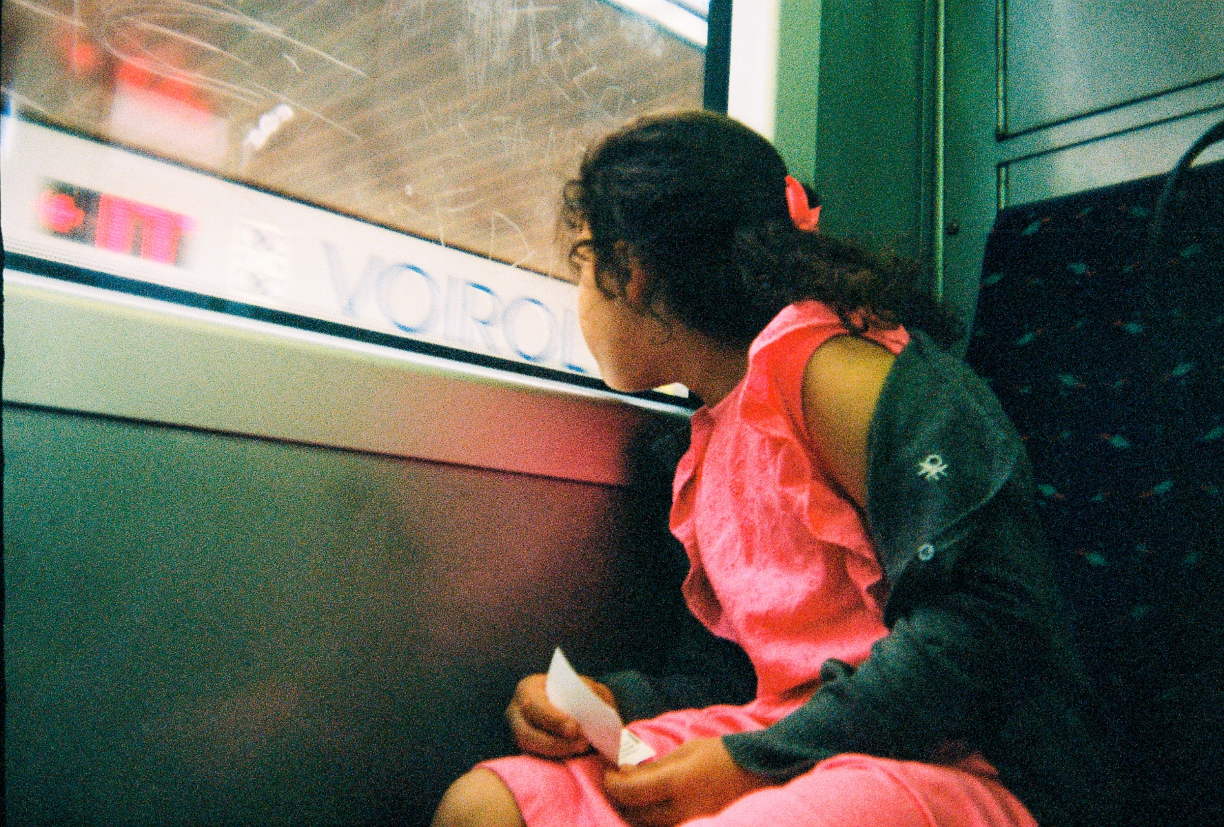 girl-on-the-train_002
